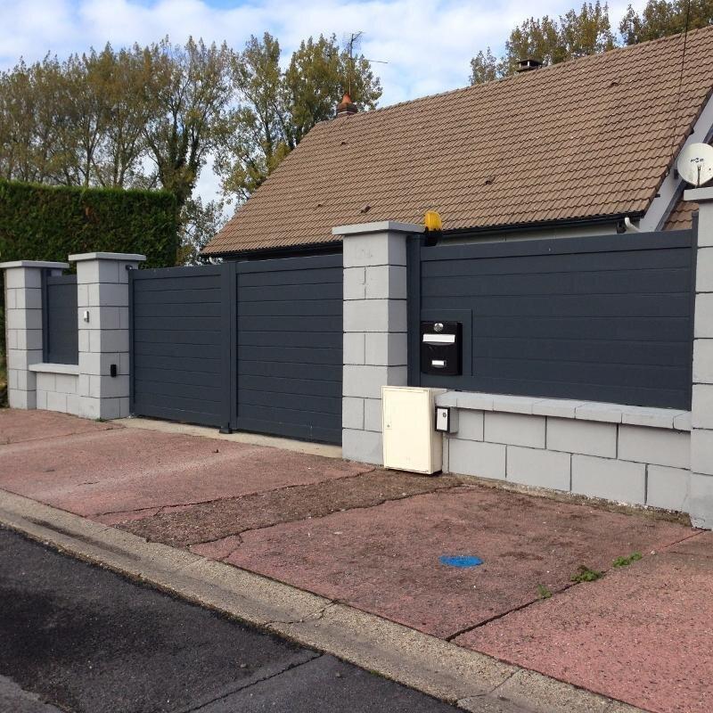 Portail et clôture assortie en aluminium avec intégration de boite aux lettres - RUE - 80