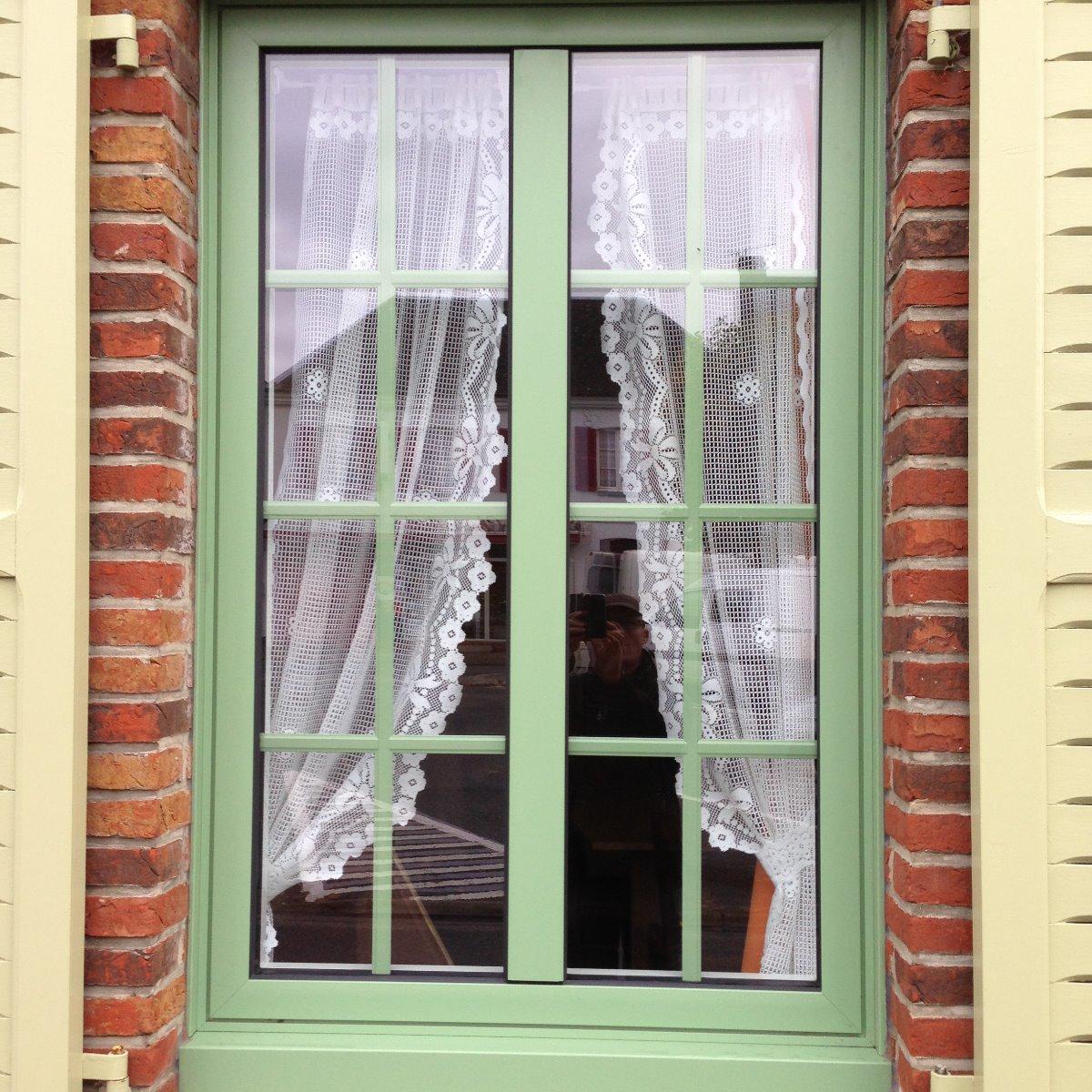 Fenêtre 1 vantail avec meneau et petits bois intégrés-RUE - 80