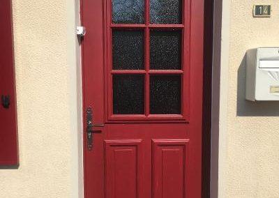 Porte d'entrée en bois peint, style picard – RUE – 80