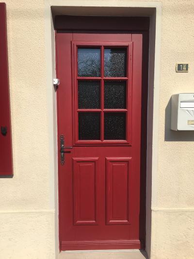 Porte d'entrée en bois peint, style picard - RUE - 80