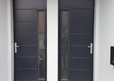 Portes d'entrée en aluminium RAL 7016 – RUE – 80