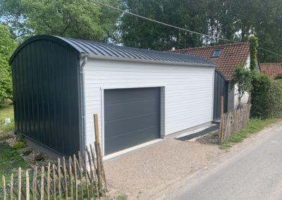 Garage ossature bois avec bardage bois et tôle Maukaline – BERNAY-en-PONTHIEU- 80
