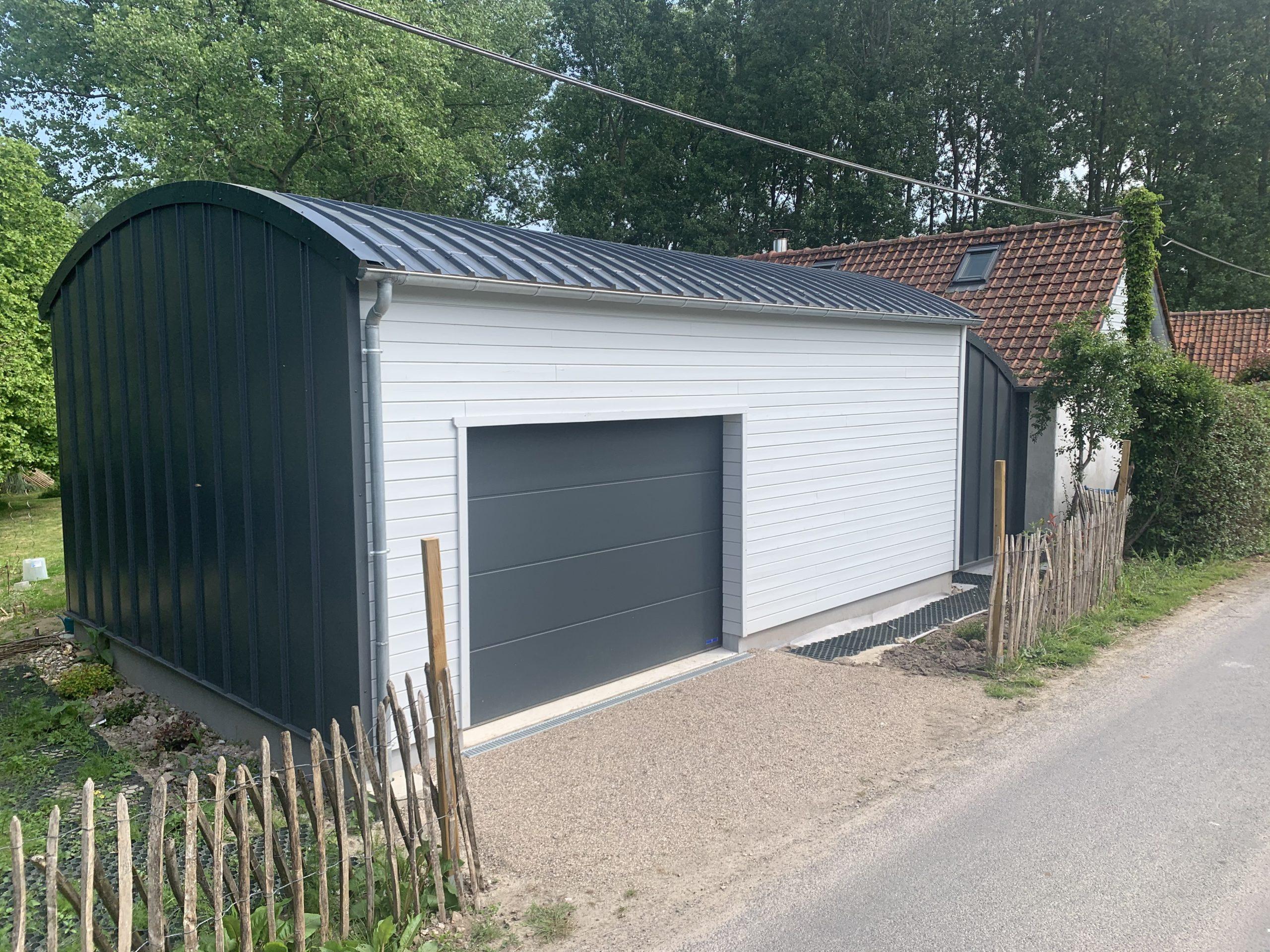 Garage ossature bois avec bardage bois et tôle Maukaline - BERNAY-en-PONTHIEU- 80